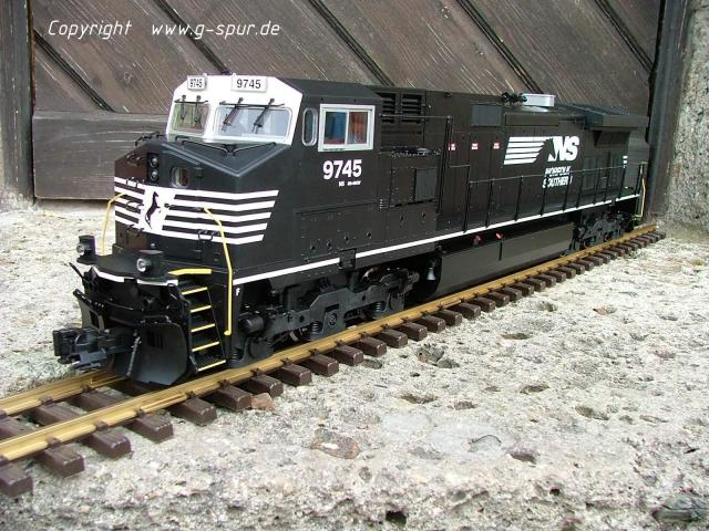 Dash-9 NS_0008