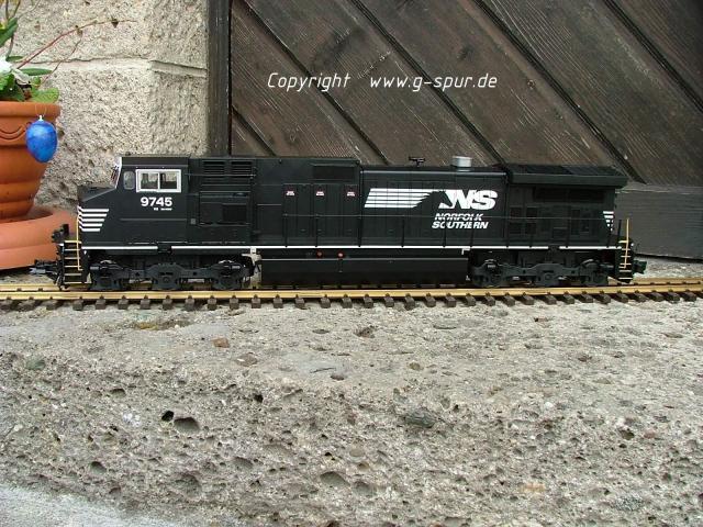 Dash-9 NS_0009